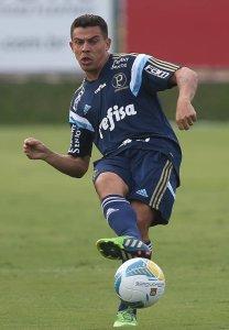 Nesta temporada, Ayrton jogou apenas nos dois primeiros amistosos antes do início do Paulistão. (Cesar Greco/Ag. Palmeiras/Divulgação)