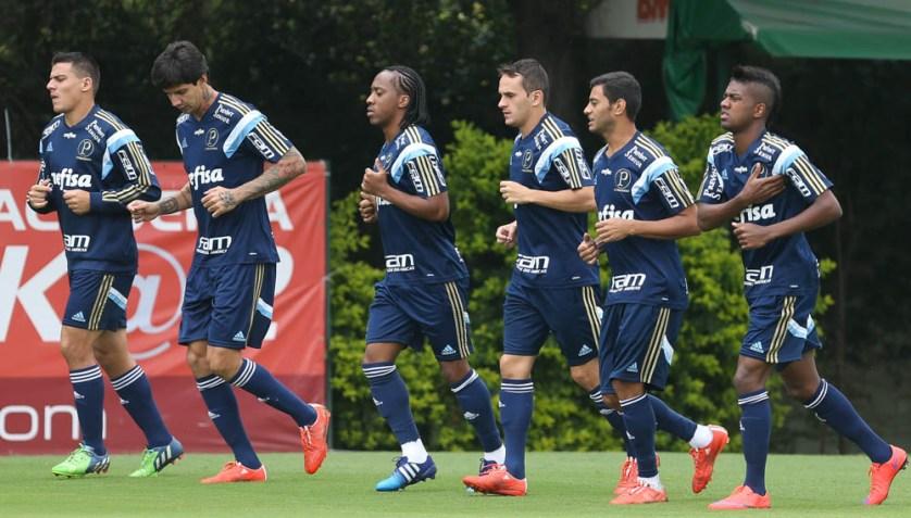 Os jogadores que não foram titulares na quarta (08), no empate com o Ituano, participaram da atividade. (Cesar Greco/Ag. Palmeiras/Divulgação)