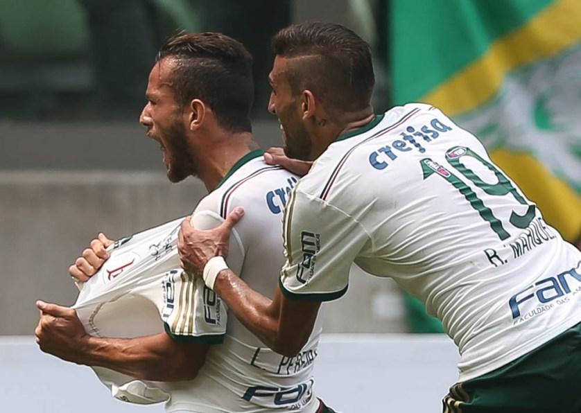 Leandro Pereira recebeu cruzamento de Lucas e estufou as redes (Cesar Greco/Ag. Palmeiras/Divulgação)