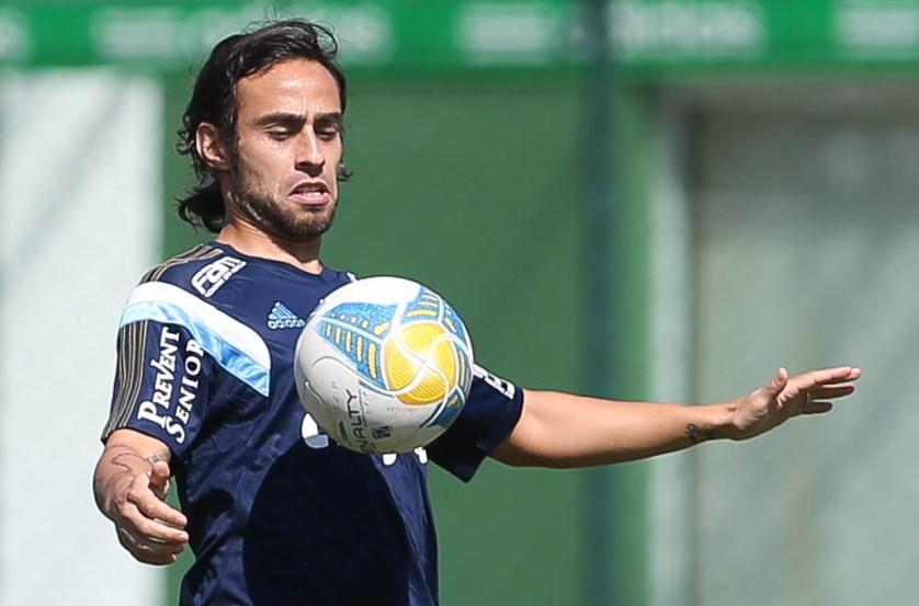 Valdivia está na pré-lista do Chile para a Copa América (Cesar Greco/Ag. Palmeiras/Divulgação)