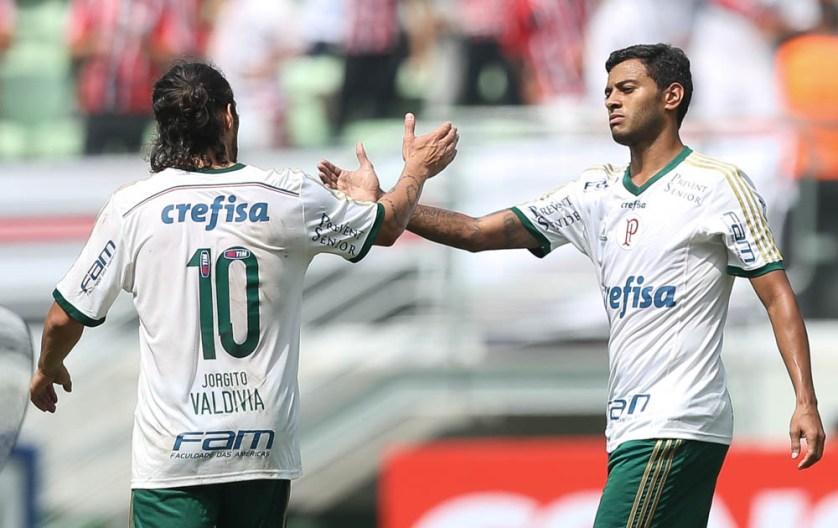 Valdivia e Cleiton Xavier finalmente estiveram em campo juntos. (Cesar Greco/Ag. Palmeiras/Divulgação)