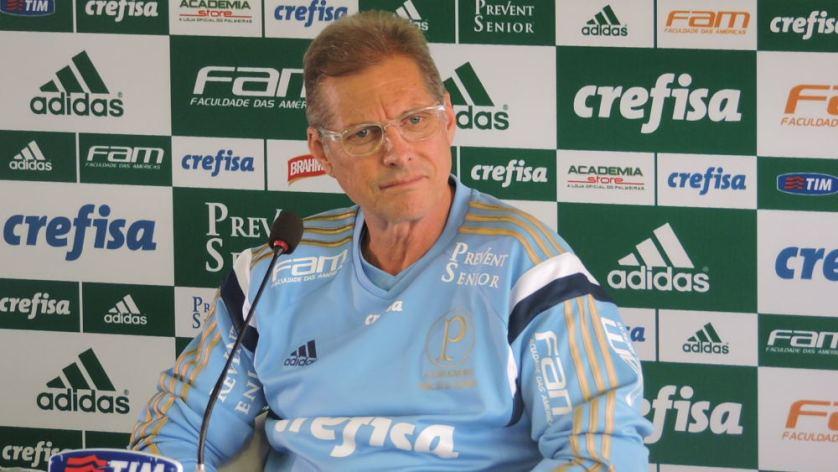 Oswaldo de Oliveira concedeu entrevista coletiva na Academia de Futebol nesta quarta-feira (3). (Mídia Palmeirense)