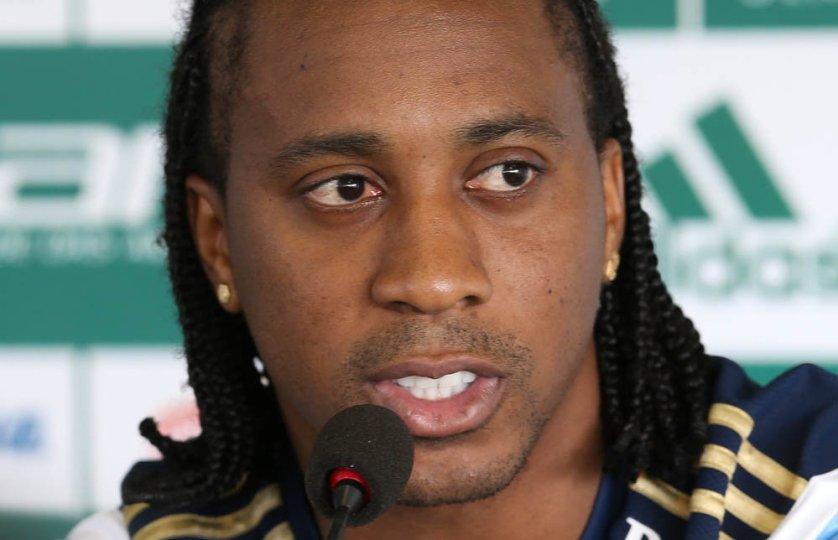 Arouca concedeu entrevista nesta quinta-feira (30) na Academia de Futebol. (Cesar Greco/Ag. Palmeiras/Divulgação)