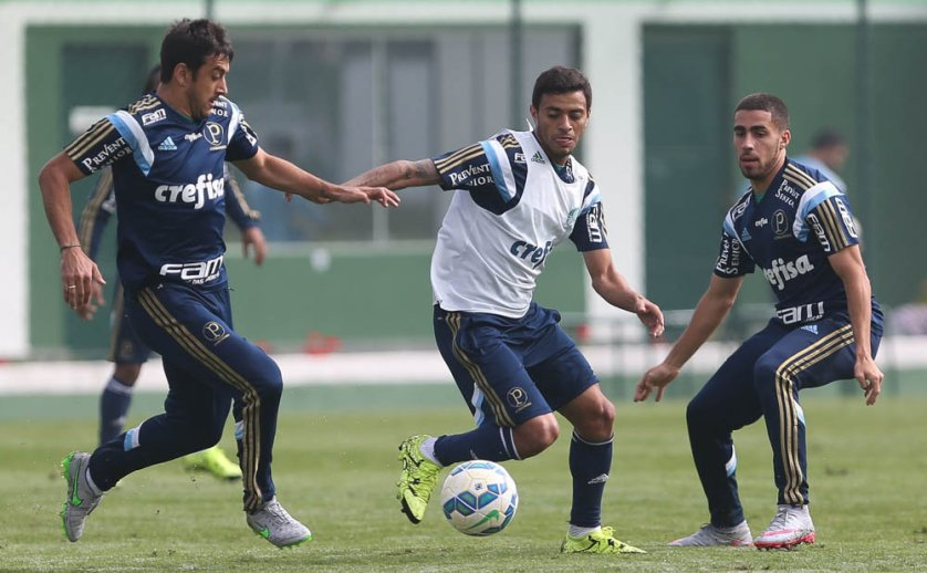 Elenco treinou na manhã desta quinta-feira (30) na Academia de Futebol. (Cesar Greco/Ag.Palmeiras/Divulgação)