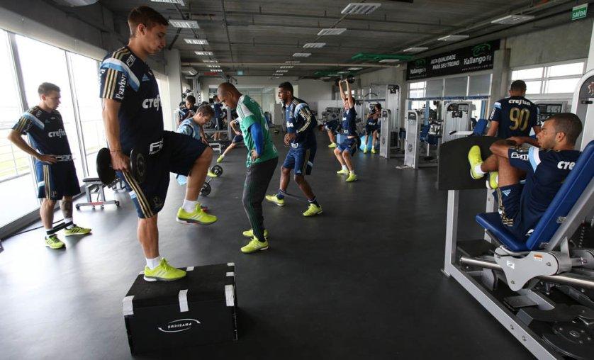 Os atletas que não jogaram 90 minutos contra o Inter, treinaram no CT do Grêmio nesta quinta-feira (10). (Cesar Greco/Ag. Palmeiras/Divulgação)