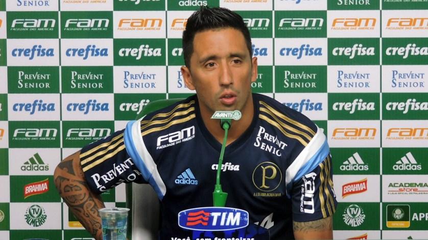 Após jogos pela seleção paraguaia, Lucas Barrios está de volta ao Verdão. (Cesar Greco/Ag.Palmeiras/Divulgação)