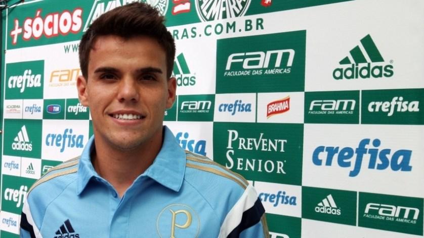 O Palmeiras acertou na tarde desta quinta-feira (24) a contratação do volante Rodrigo. (Fabio Menotti/Ag. Palmeiras/Divulgação)