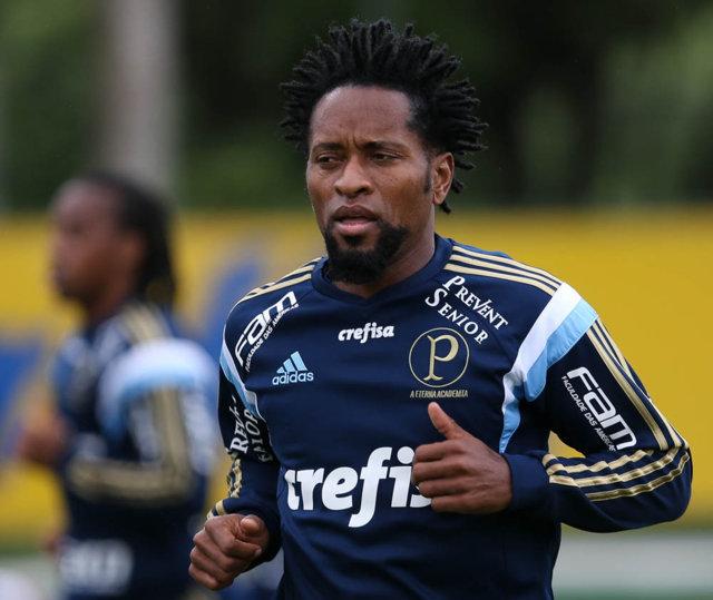 Poupados contra o Coritiba, titulares treinaram no domingo e nesta segunda. (Cesar Greco/Ag.Palmeiras/Divulgação)