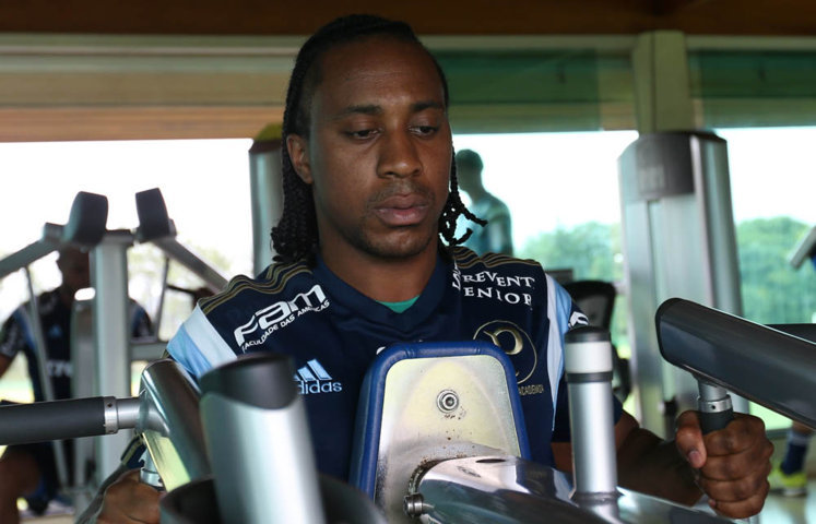 Palmeiras começou os trabalhos desta terça-feira (12), com atividade física na sala de musculação. (Cesar Greco/Ag. Palmeiras/Divulgação)