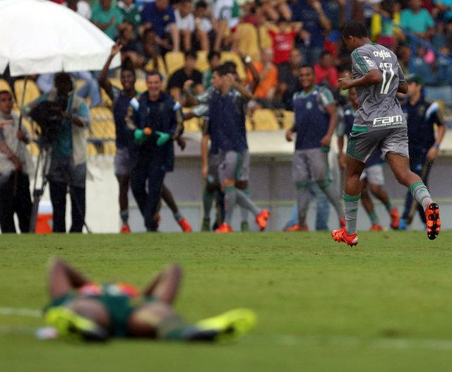 Felipe marcou segundo gol e carimbou vaga do Verdão nas oitavas da Copinha. (Fabio Menotti/Ag.Palmeiras/Divulgação)