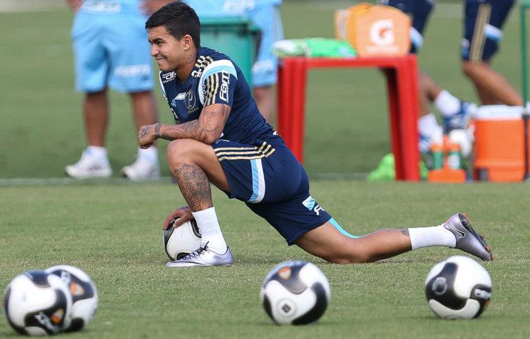 Recuperado de um estiramento na coxa, o atacante Dudu foi convocado para enfrentar o Corinthians. (Cesar Greco/Ag.Palmeiras/Divulgação)