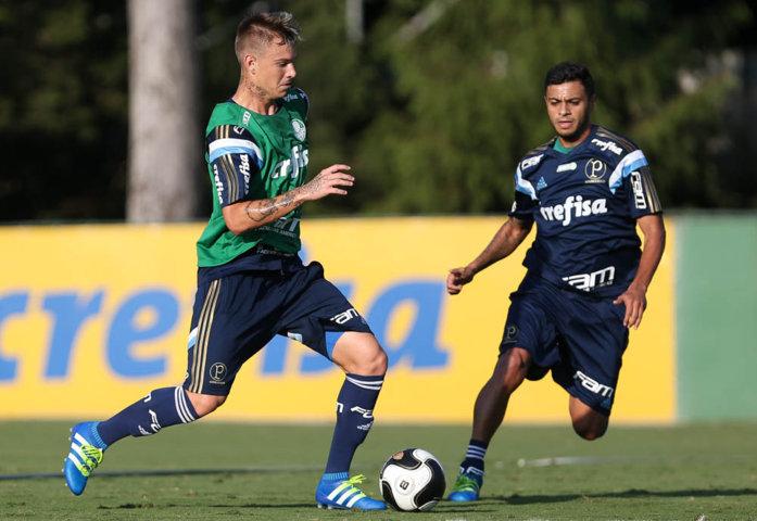 Róger Guedes e Cleiton Xavier participaram do treino nesta sexta-feira (08). (Cesar Greco/Ag. Palmeiras/Divulgação)