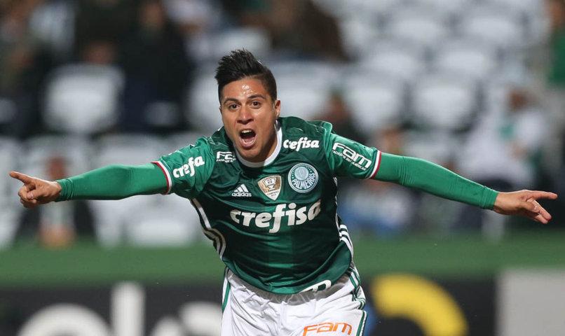 Cristaldo marcou o segundo gol do Palmeiras no empate com o Coritiba, no Couto Pereira. (Cesar Greco/Ag Palmeiras/Divulgação)