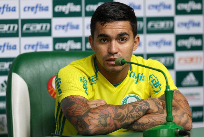 Após o treino desta terça-feira (27), Dudu concedeu entrevista coletiva na Academia de Futebol. (Cesar Greco/Ag.Palmeiras/Divulgação)