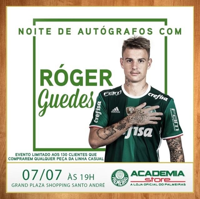 Róger Guedes encontra torcida para noite de autógrafos em loja do ABC. (Divulgação)