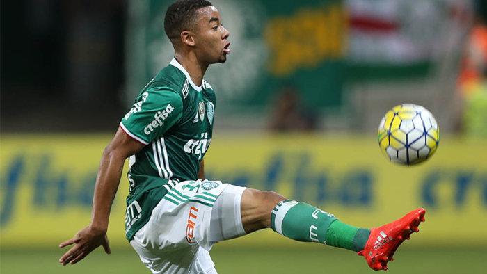 Gabriel Jesus iniciou a partida após servir a Seleção, mas não balançar as redes. (Cesar Greco/Ag.Palmeiras/Divulgação)