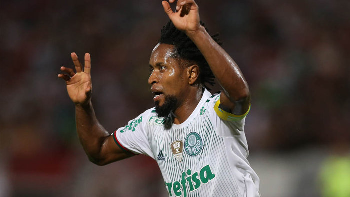 Zé Roberto marcou o primeiro gol do Palmeiras na vitória sobre o Santa Cruz. (Cesar Greco/Ag Palmeiras/Divulgação)