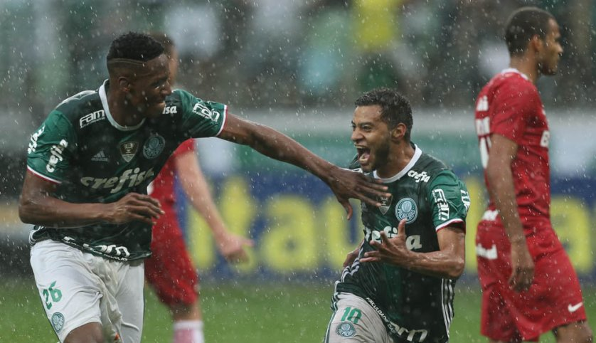 O meia Cleiton Xavier foi o autor do gol palmeirense na vitória contra o Internacional. (Cesar Greco/Ag Palmeiras/Divulgação)