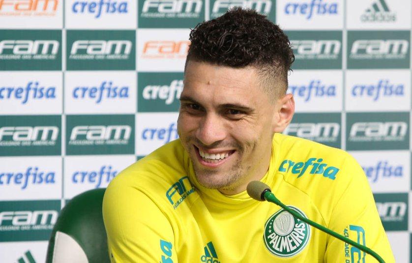'Por tudo o que passamos no ano, não podemos entrar com soberba', disse o meia Moisés. (Cesar Greco/Ag Palmeiras/Divulgação)