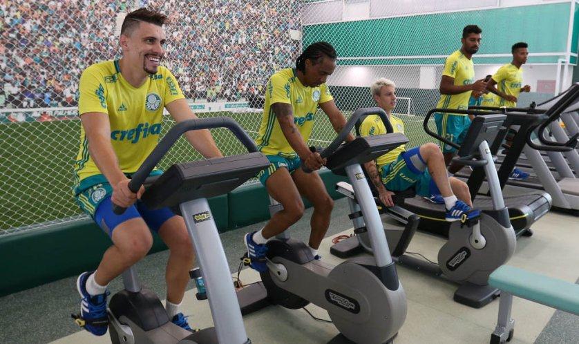 Verdão inicia quarta com exercícios físicos. (Cesar Greco/Ag.Palmeiras/Divulgação)