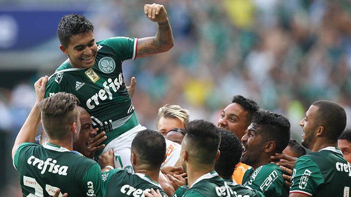 Dudu marcou um golaço diante do SPFC. (Cesar Greco/Ag. Palmeiras/Divulgação)