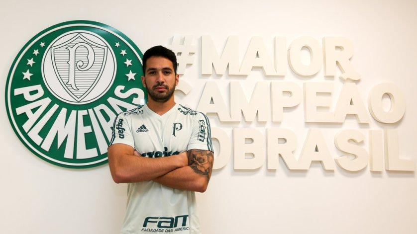 O zagueiro Luan é o mais novo reforço do Palmeiras para 2017. (Fabio Menotti/Ag Palmeiras/Divulgação)