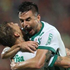Em jogo emocionante, Palmeiras soma ponto importante contra Flamengo