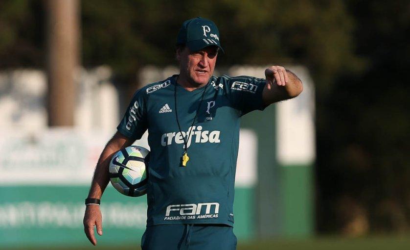 Na manhã deste sábado, Cuca comandou atividade em preparação ao clássico com o São Paulo. (Cesar Greco/Ag. Palmeiras/Divulgação)