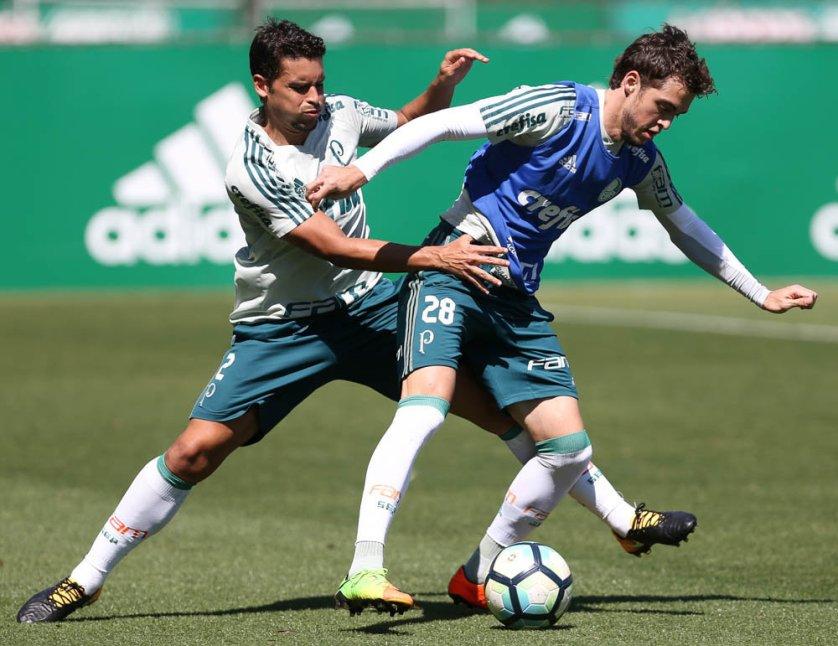 Jean foi testado como lateral-direito e como volante. (Cesar Greco/Ag Palmeiras/Divulgação)