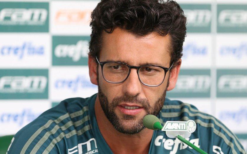 Técnico Alberto Valentim mira confronto com Sport na quinta (16). (Cesar Greco/Ag Palmeiras/Divulgação)