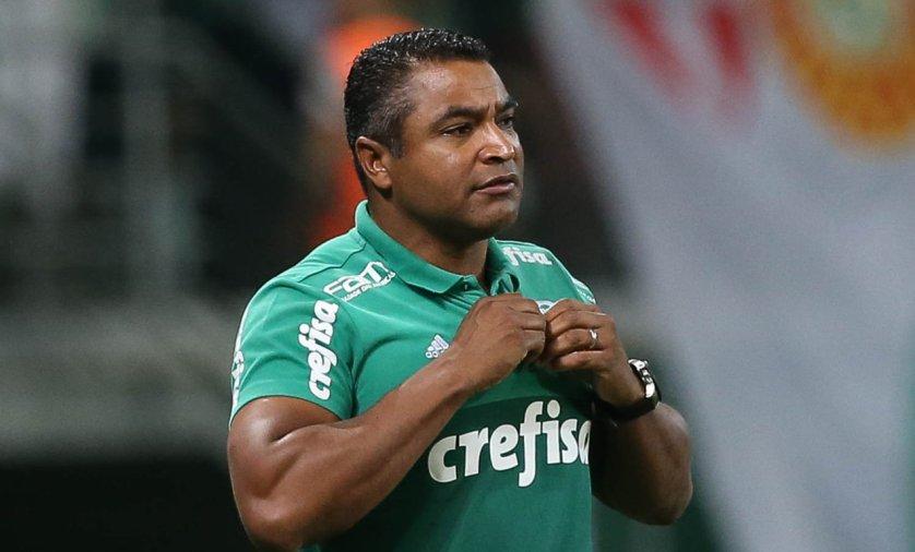 O técnico Roger Machado ficou extremamente satisfeito com o que viu no clássico contra o São Paulo. (Cesar Greco/Ag Palmeiras/Divulgação)