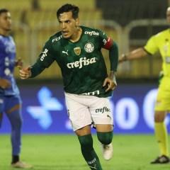 Mesmo com um a menos, Palmeiras busca empate contra o São Bento