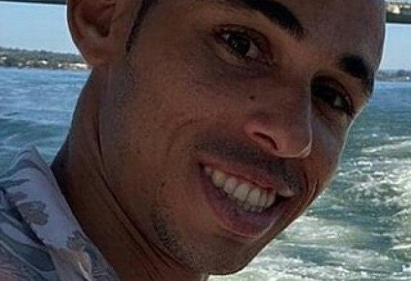 Vítima foi encontrada com ferimento de arma de fogo na cabeça