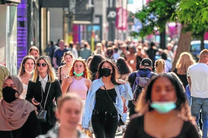 Street in London: the delta strain, discovered in India, is 60% more contagious than alpha, first recorded in the UK - (credit: Niklas Halle'n/AFP - 7/6/21)