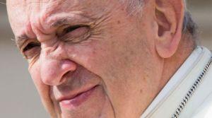 Papa Francisco: Las religiones, si no persiguen la paz reniegan de sí mismas