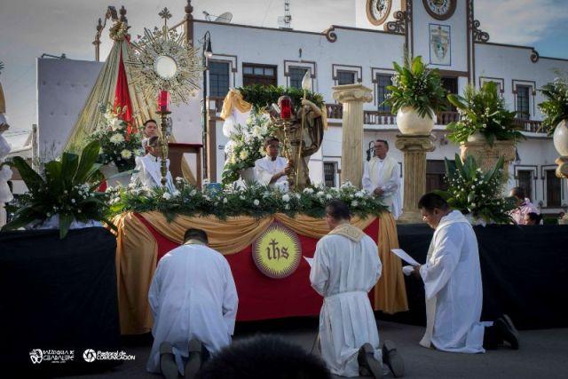 GALERÍA: PARROQUIAS CELEBRARON CORPUS CHRISTI EN SABINAS