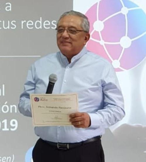 """RECIBE RECONOCIMIENTO DEL CURSO """"SEMINARIO CULTURA DIGITAL"""" EN CDMX"""
