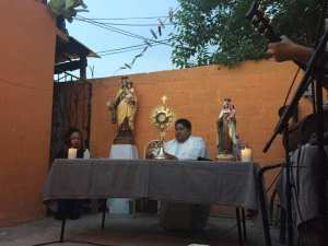 GALERÍA: PARROQUIA NTRA. SRA. DEL CARMEN CELEBRO MISAS DE BARRIO