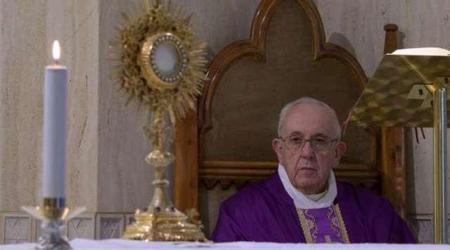 El Papa ofrece la Misa por los que tienen miedo ante el coronavirus