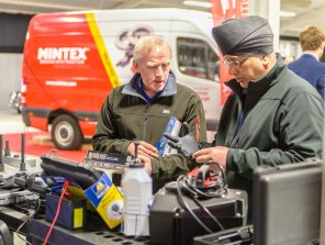 Commercial Event Trade Show Editorial Photographer for Midlands London Warwickshire Coventry Birmingham Oxford Cheltenham Nottingham Cotswolds Gloucester 2