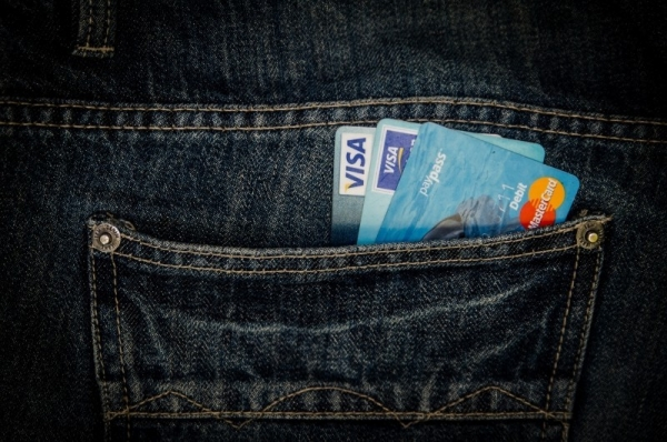 money-card-business-pocket-jeans-visa-mastercard.jpg