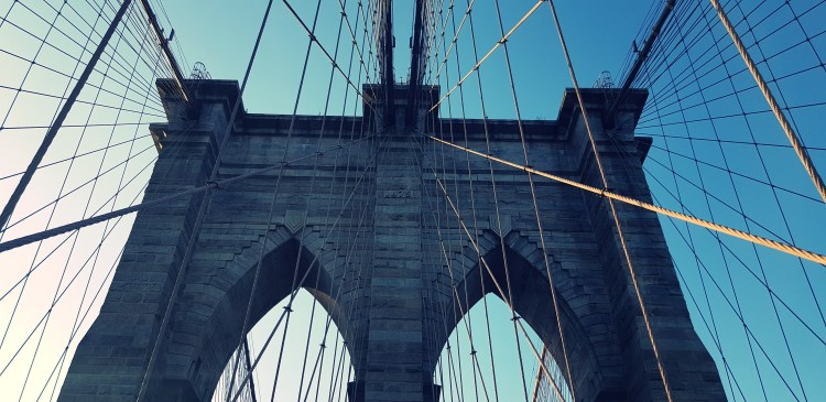 What I Ate Wednesday | A walk across the Brooklyn Bridge and the giant pizza in DUMBO