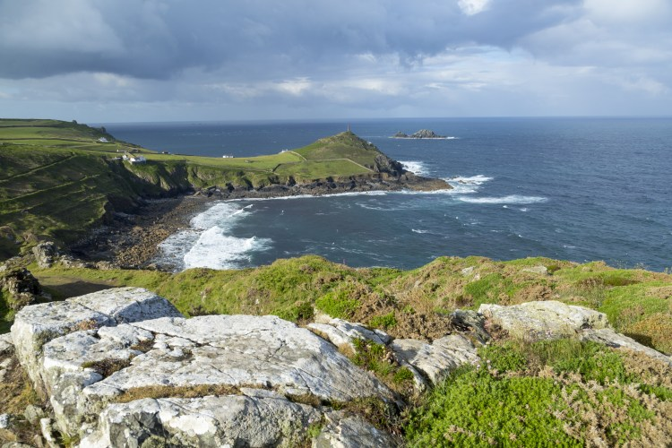 Top UK Walking Routes for Literature lovers