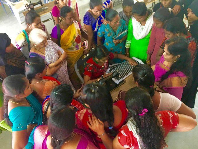 Secret Pillow Project Training in Bengaluru November 2016 Women from rural and urban communities with Secret Pillow Project master trainers copy