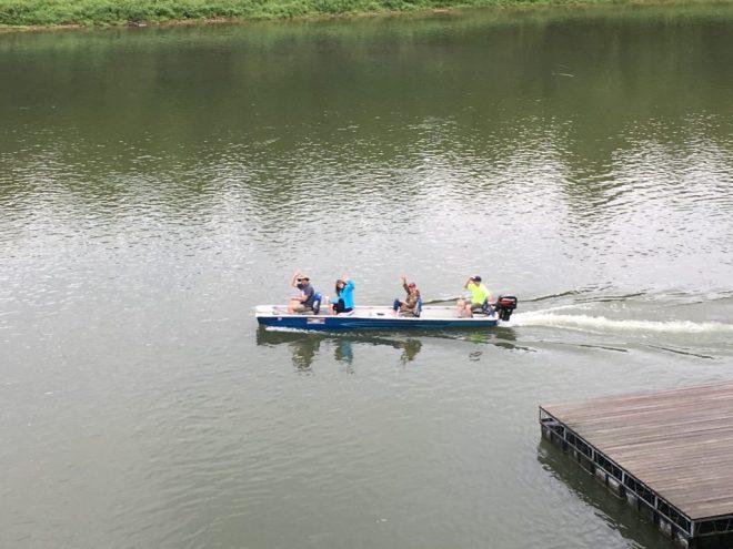 Cedarwood Lodge has Rental Boats