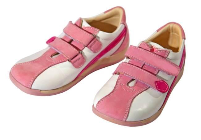 midlife woman, shoes, orthopedic shoes, fashion, foot health