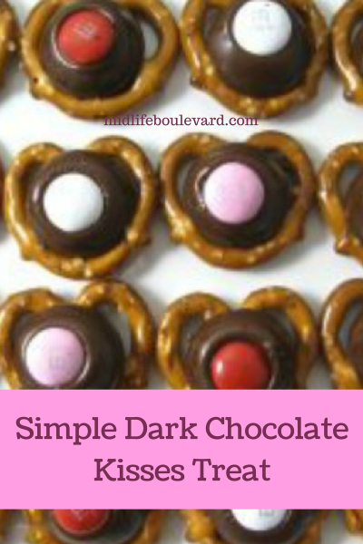 Simple Dark Chocolate Kisses Treat