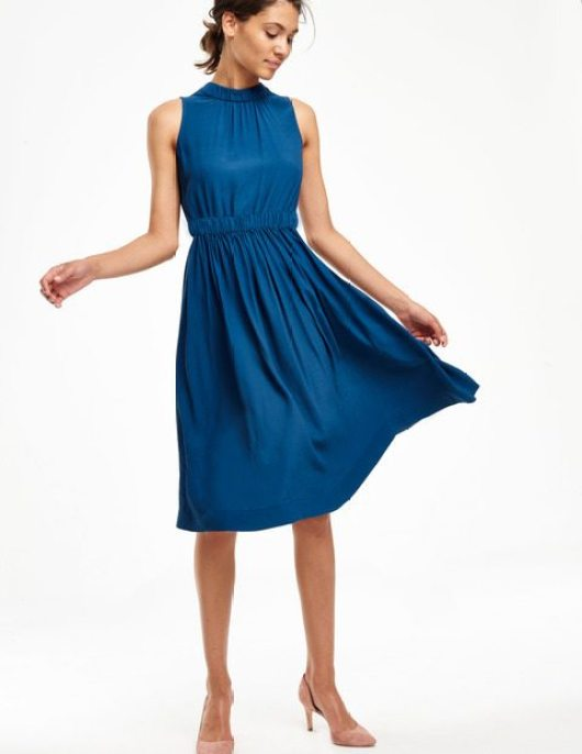 Christmas party dresses for women over 40 - Midlifechic