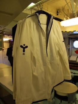 Ooooh, love sailor uniforms