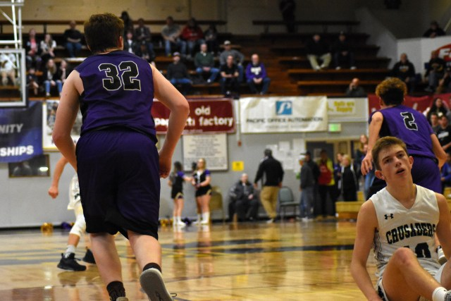 Coos Bay Cliff-Notes: Second day of the most backwards state tournament ever